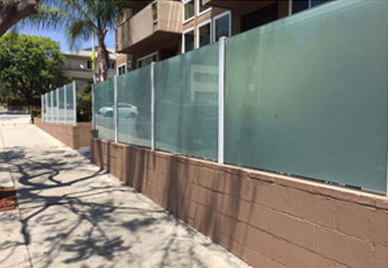 Lake Elsinore Ca Fence Contractor Vinyl Wood Aluminum