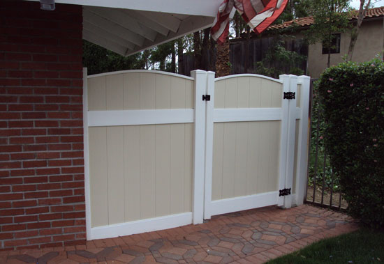 Custom Vinyl Entry And Privacy Gates Orange County Ca