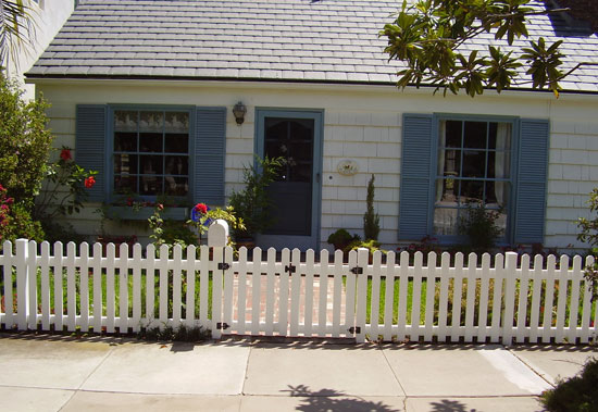 Plain Picket Fence Gate With Arbor Top To Design Inspiration